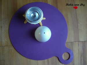 Hervidor huevo microondas y mantel antideslizante bebé 1