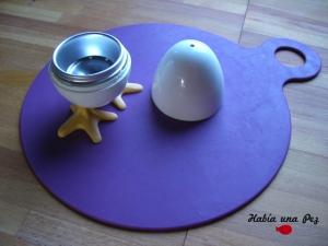 Hervidor huevo microondas y mantel antideslizante bebé 2